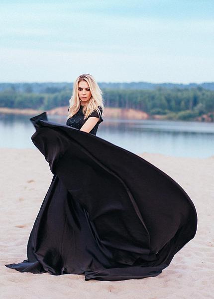 bc930fdc228 ПЫШНЫЕ ПЛАТЬЯ Наши пышные платья помогут тебе создать романтичный сказочный  нежный или дерзкий образ для твоей фотосессии.